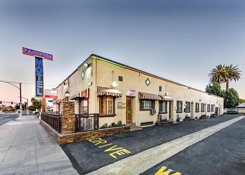 Pacifica Motel