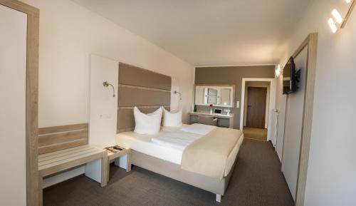 . Confour Hotel