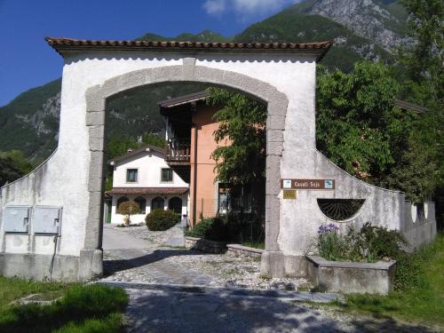 Casali Scjs - Hotel - Venzone