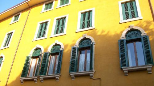 Romeo Design Rooms in Verona