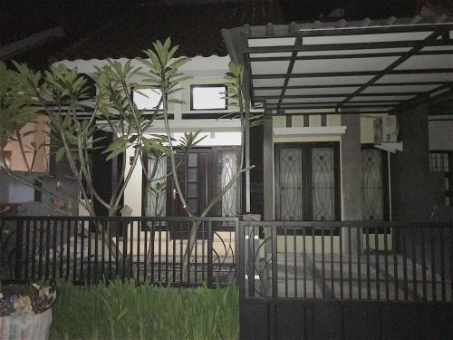 Jannatii Homestay, Malang