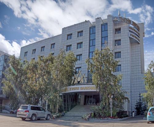 . Tygyn Darkhan Hotel