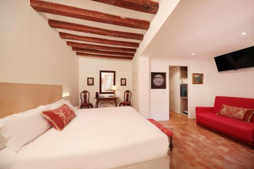 Costa de'n Sintes, 6, 07003 Palma de Mallorca, Spain.