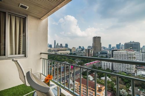 Evergreen Place Siam by UHG photo 48