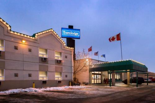 Travelodge by Wyndham Winnipeg East