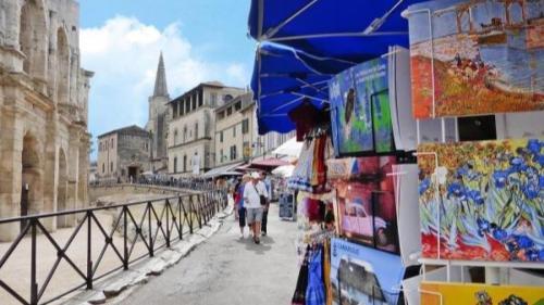 Studio avec vue sur les arénes - Location saisonnière - Arles
