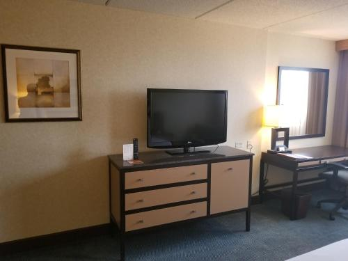DoubleTree by Hilton Chicago - Arlington Heights - Arlington Heights, IL IL 60005