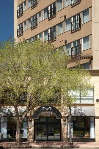 Metterra Hotel on Whyte - Edmonton, AB T6E 4Z7