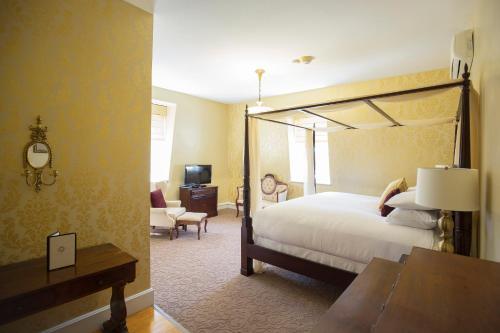 Queen Anne Inn - Annapolis Royal, NS B0S 1A0