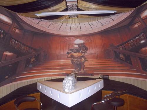 Picture of Titanic Boat