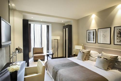 Premium Double or Twin Room Hotel Murmuri Barcelona 11