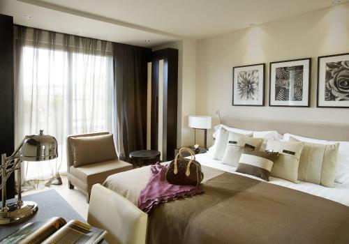 Superior Double or Twin Room Hotel Murmuri Barcelona 11