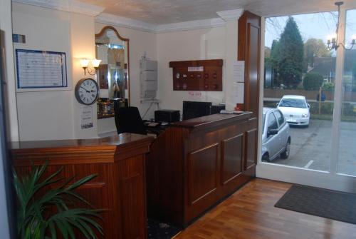 Brecon Hotel Sheffield Rotherham - Photo 2 of 70