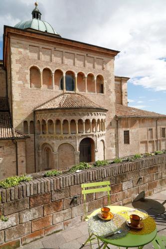 B B La Terrazza Sul Duomo Province Of Parma Rentalhomes Com