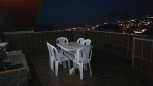 Bostancı Two Bedroom Apartment with Terrace and Sea View at Cukurcayir District odalar