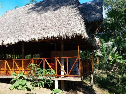 . Tres Chimbadas Lake Lodge