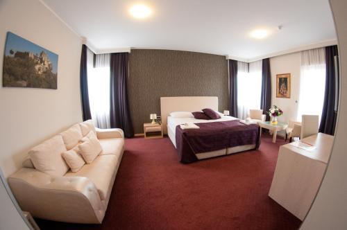 . Hotel Brotnjo