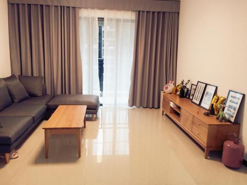 . Designer's House