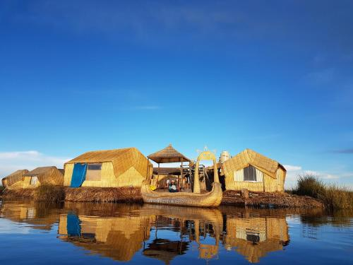 Uros Lake Titicaca Lodge