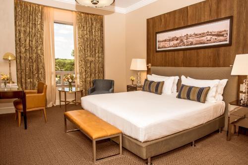 Фото отеля Alvear Icon Hotel - Leading Hotels of the World