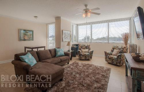 . Ocean Club 103 - One Bedroom Apartment