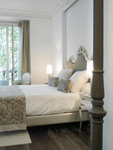 Habitación Doble Deluxe con vistas - 1 o 2 camas - Uso individual Hospes Puerta de Alcalá 24