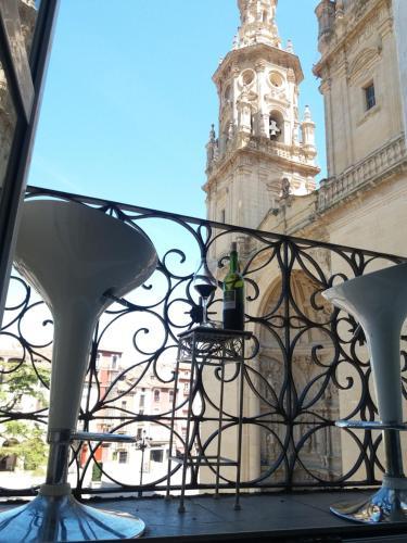 Hotel-overnachting met je hond in Apartamento Plaza del Mercado frente a las torres - Logroño