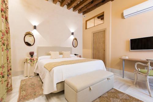 Double Interior Room Economica Hotel Casa de las Cuatro Torres 8