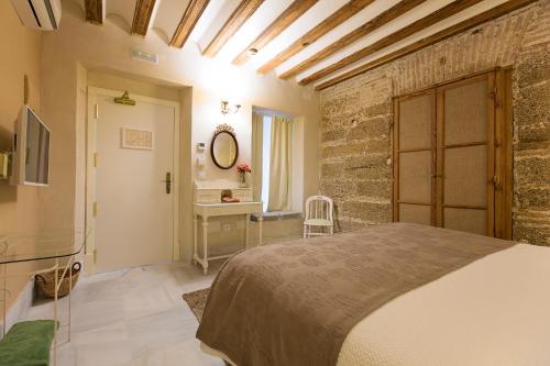Double Interior Room Economica Hotel Casa de las Cuatro Torres 12