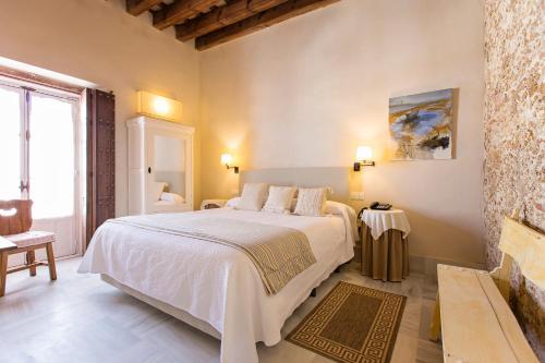 Double Exterior Room Hotel Casa de las Cuatro Torres 6