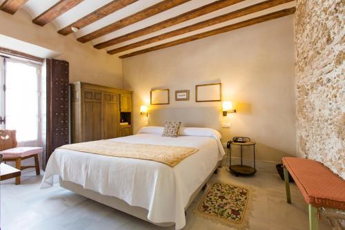 Double Exterior Room Hotel Casa de las Cuatro Torres 9
