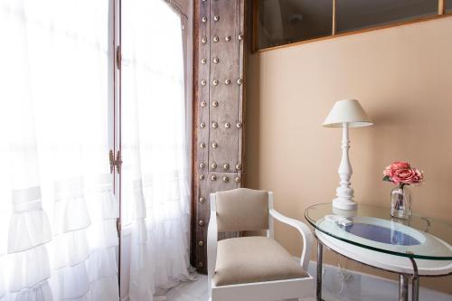 Apartment Hotel Casa de las Cuatro Torres 23