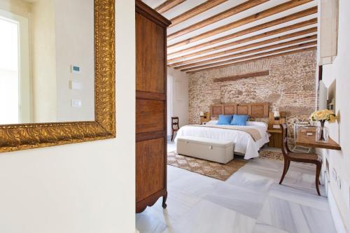 Premium Double Room Hotel Casa de las Cuatro Torres 8