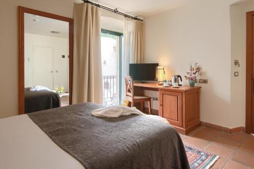 Habitación Doble Estándar - 1 o 2 camas - Uso individual Hotel Convent 2