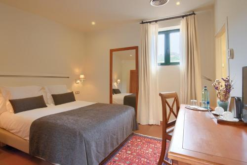 Small Double Room - single occupancy Hotel Convent 1