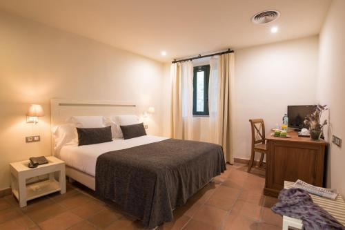 Habitación Doble Estándar - 1 o 2 camas - Uso individual Hotel Convent 4