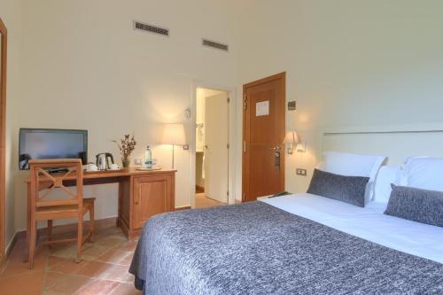 Habitación Doble Estándar - 1 o 2 camas - Uso individual Hotel Convent 1