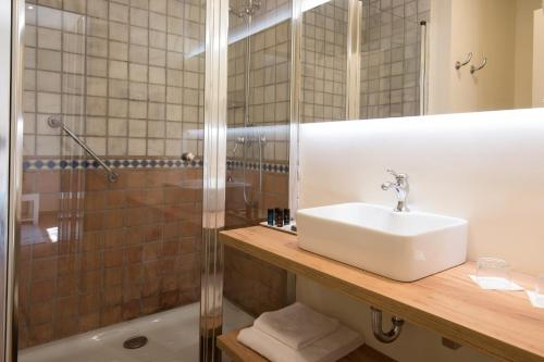 Habitación Doble Deluxe - 1 o 2 camas - Uso individual Hotel Convent 7