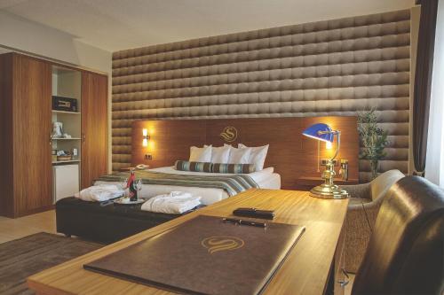 Izmir Susuzlu Atlantis Hotel fiyat