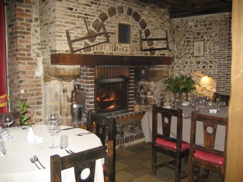 . Hotel Restaurant Le Cheval Blanc