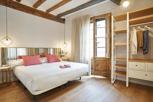 AinB Gothic-Jaume I Apartments photo 41