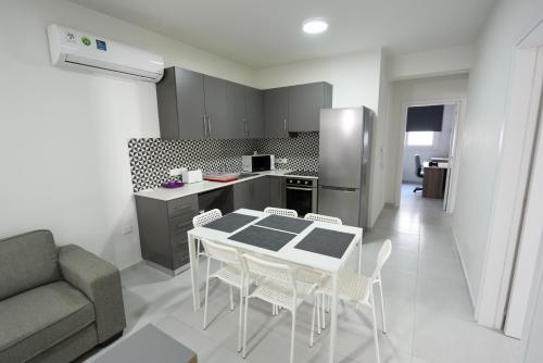 En suite Room with shared kitchen and living room