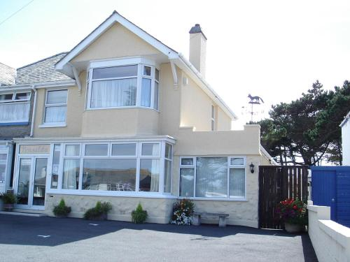 Pensalda Guest House, Porth, Cornwall