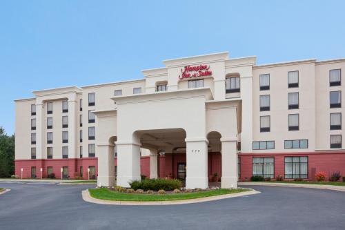 Hampton Inn & Suites Lino Lakes - Lino Lakes, MN 55014
