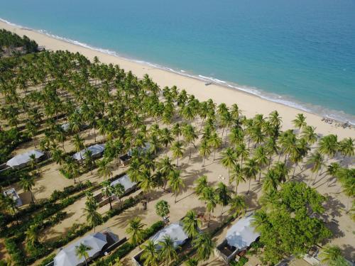 Kalkudah Beach, Kiran Village (off Passikudah), Sri Lanka.