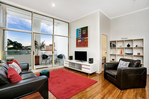 Two Bedroom Apartment Campbell Street(SHILL) - image 1