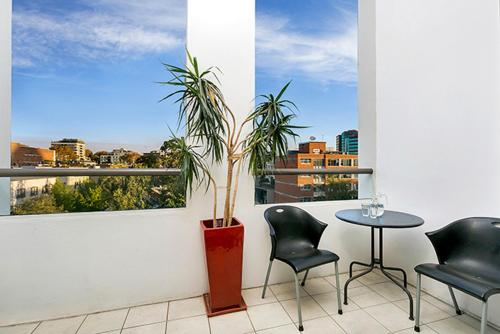 Two Bedroom Apartment Campbell Street(SHILL) - image 7