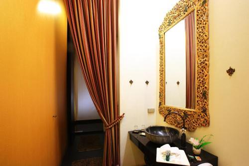 iuDia Hotel photo 16