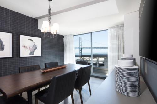 Global Luxury Suites at Howard Street photo 28