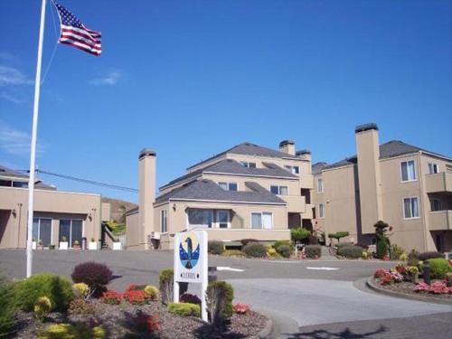 . Bodega Coast Inn and Suites